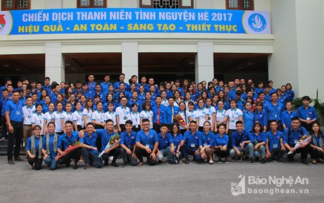 Nghe An students to carry out voluntary activities in Laos hinh anh 1