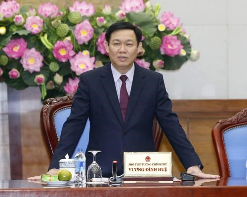 Deputy PM anxious at slow allocation, disbursement of public investment hinh anh 1