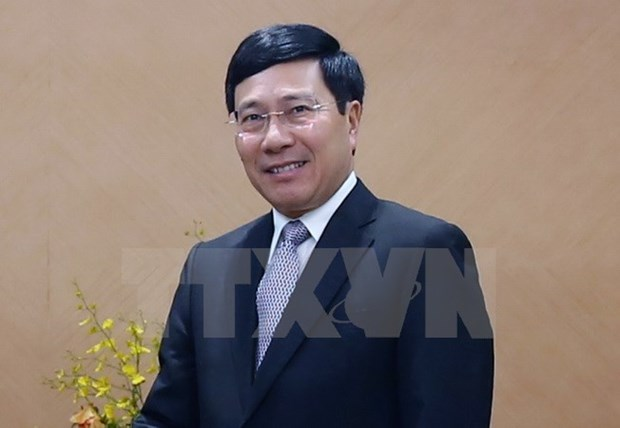 Deputy PM attends round-table conference with India's top business hinh anh 1