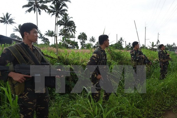 Malaysia offers help in Philippine fight against terrorism hinh anh 1