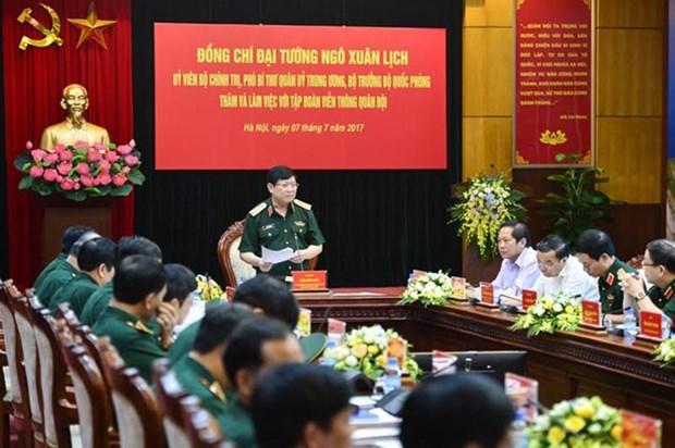 Viettel - main factor of telecom boom in Vietnam: Defence Minister hinh anh 1
