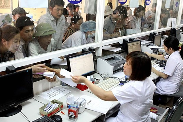 Da Nang strives to achieve 100 percent health insurance coverage hinh anh 1