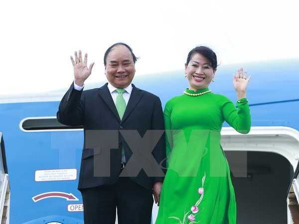 PM Nguyen Xuan Phuc begins visit to the Netherlands hinh anh 1