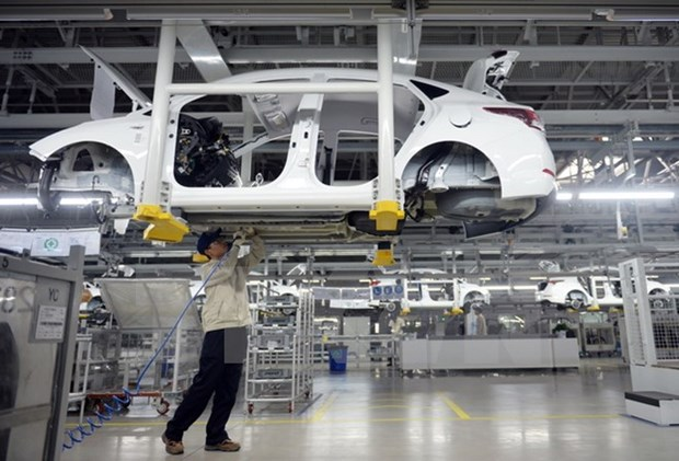 Auto market sees marginal growth in June hinh anh 1