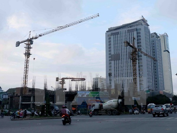 Hanoi property market sees lower Q2 sales hinh anh 1