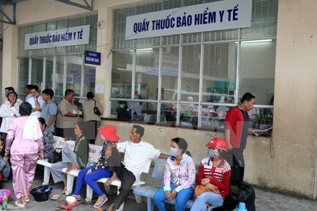 Patients, clinics defraud health insurance funds hinh anh 1