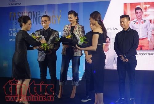 HCM City to host first fashion, technology festival hinh anh 1