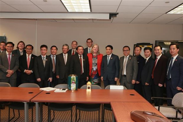 Vietnamese localities seek stronger ties with the US hinh anh 1