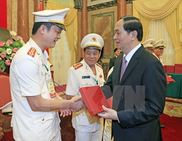 President expresses gratitude to war invalids, martyrs hinh anh 1