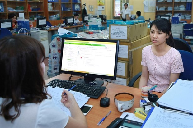 Hanoi's tax revenue up 18 percent in first half of 2017 hinh anh 1