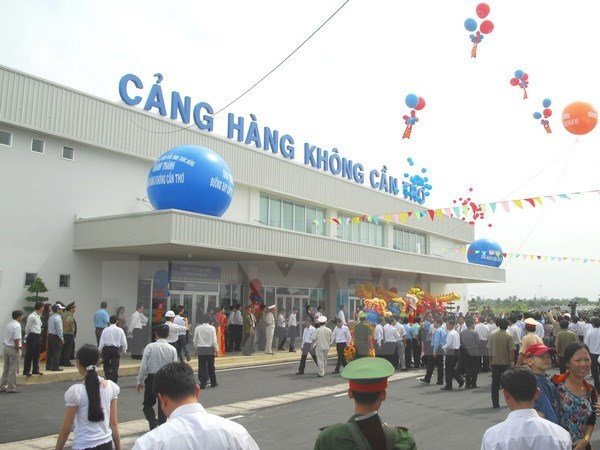 Can Tho to launch new domestic, international air routes hinh anh 1