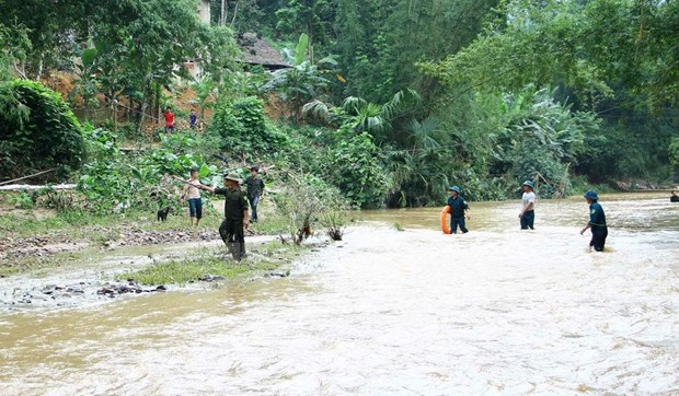 PM orders measures to cope with floods in northern provinces hinh anh 1
