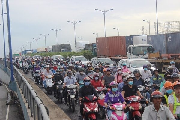 HCM City discusses smart traffic system near port hinh anh 1