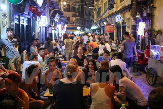 Hanoi sees 8 percent rise in visitors hinh anh 1