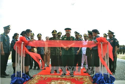 Cambodia military officials praise Vietnam's assistance hinh anh 1