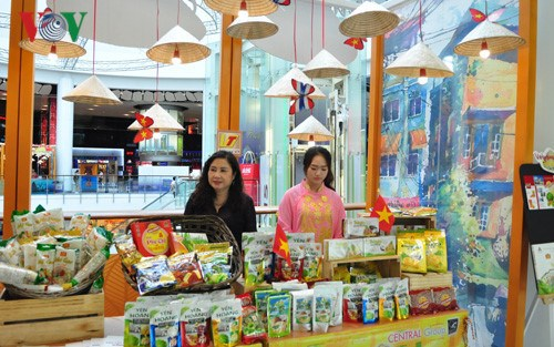 Vietnamese Goods Week 2017 to be held in Thailand hinh anh 1