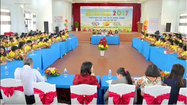 Forum lets children talk about violence, abuse hinh anh 1