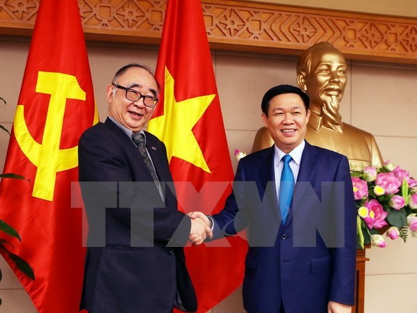 Deputy PM discusses problems facing ASEAN Economic Community hinh anh 1