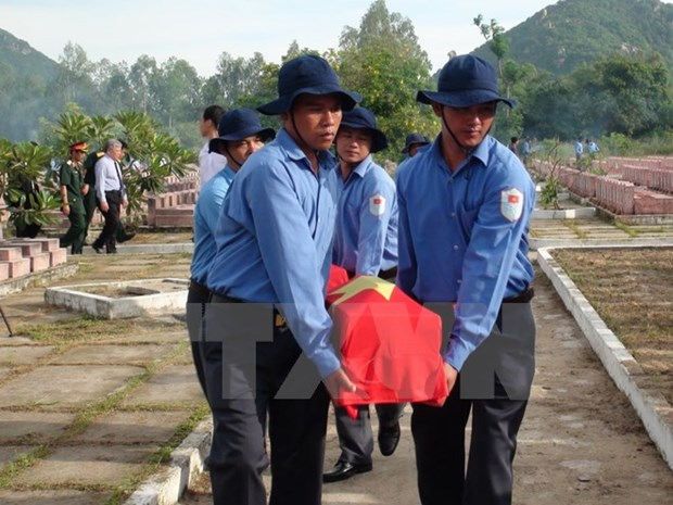 Memorial services for soldier remains repatriated from Cambodia hinh anh 1