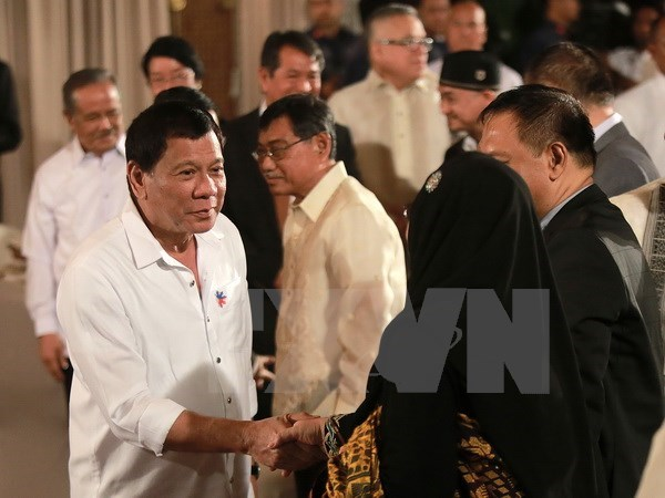 Philippine President gains high support rating hinh anh 1