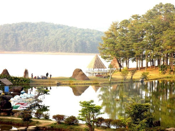 Central Highland localities see 14 percent rise in tourism revenue hinh anh 1