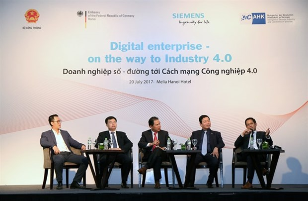 Local firms not well prepared for Fourth Industrial Revolution hinh anh 1