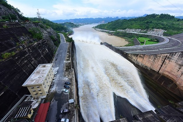 Deputy PM asks for multi-reservoirs' safety hinh anh 1