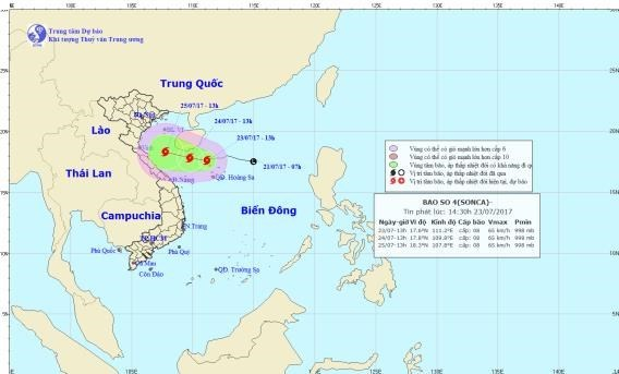 Tropical depression strengthens into fourth storm in East Sea hinh anh 1