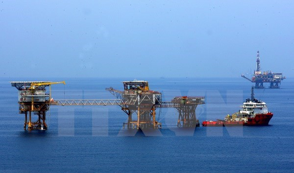 PVN exports 355 million tonnes of crude oil in 30 years hinh anh 1