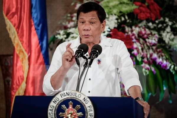 Philippine President declares to continue fight against drugs hinh anh 1