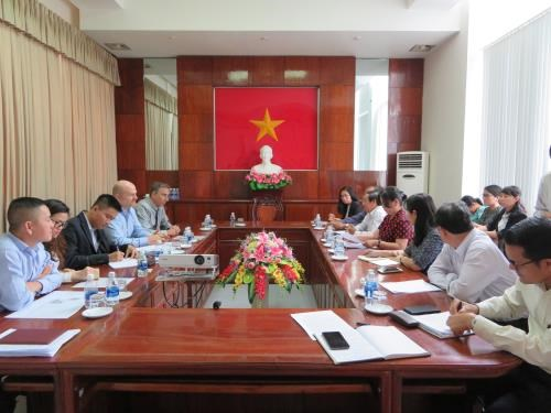 US company seeks to build solar energy plant in Can Tho hinh anh 1