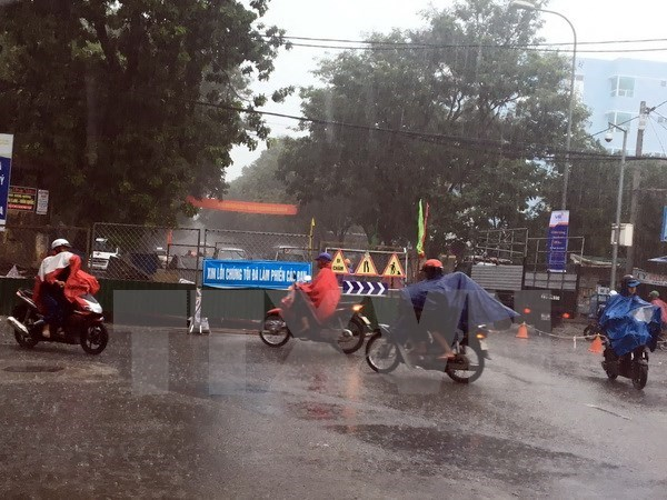 Localities brace for tropical storm Sonca hinh anh 1
