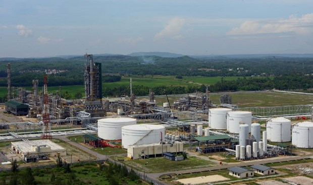 Dung Quat oil refinery works on expansion project hinh anh 1