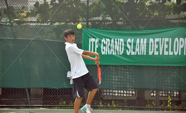 Vietnamese thrives in singles and doubles at ITF tourney hinh anh 1
