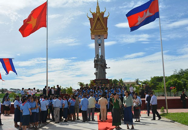 Upgraded Vietnam-Cambodia Friendship Monument inaugurated hinh anh 1