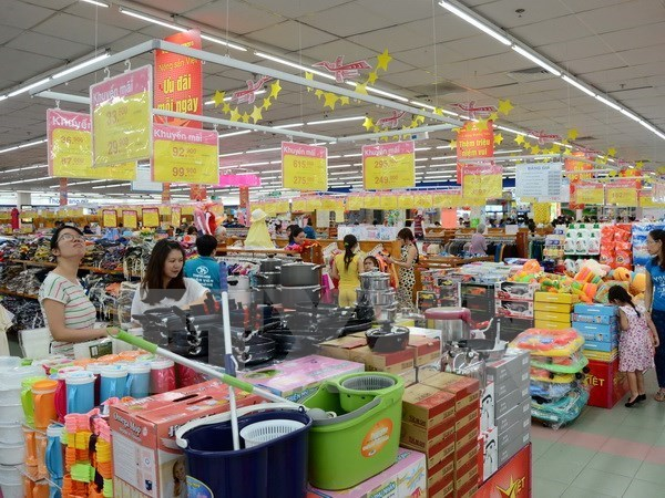 CPI experiences slight rise in July hinh anh 1