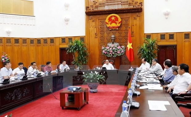 PM's team: 'Race with time' to restructure economy hinh anh 1