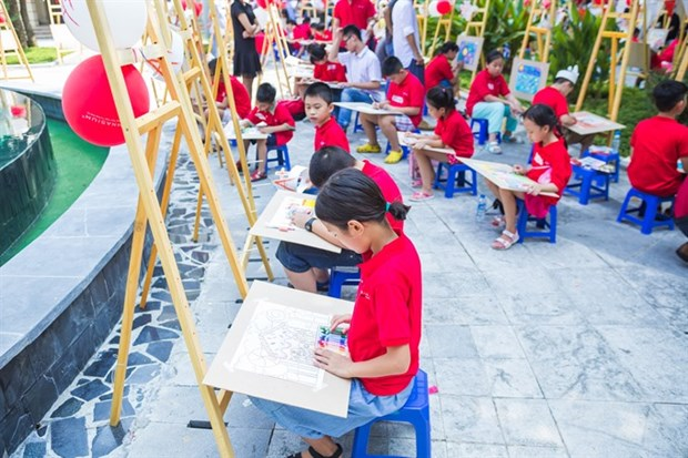 Children prove talent combining mathematics and fine art hinh anh 1