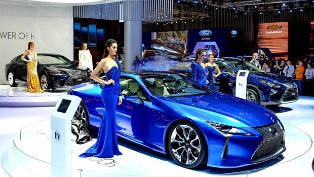 Vietnam Motorshow 2017 opens in HCM City hinh anh 1