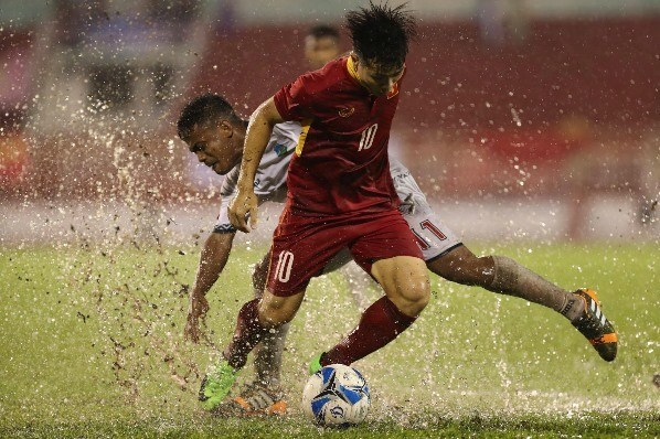 VN footballer among top five strikers in Southeast Asia hinh anh 1