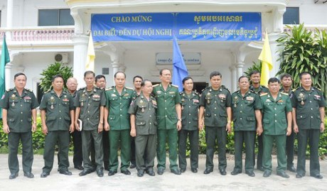 Tay Ninh, Cambodian military strengthen coordination hinh anh 1