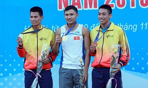 Vietnamese runner to compete in world champs hinh anh 1
