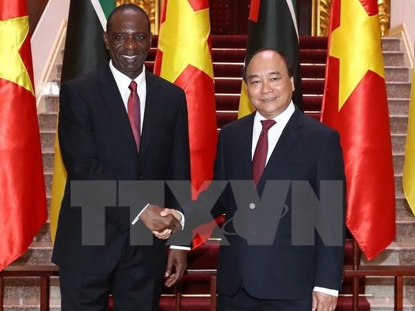 Mozambique's Prime Minister wraps up Vietnam visit hinh anh 1