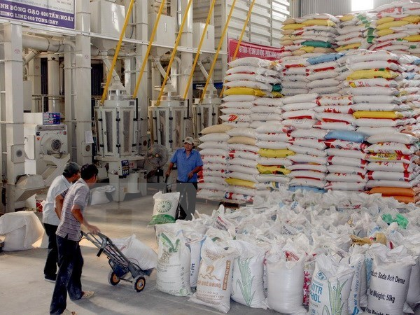 Bangladeshi Embassy informs invitation of tenders for rice import hinh anh 1