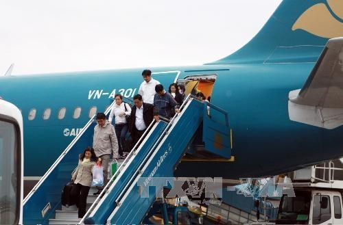 Nation's airports serve over 55 million passengers in seven months hinh anh 1