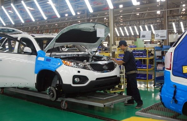 Auto sale down 6 percent in seven months hinh anh 1