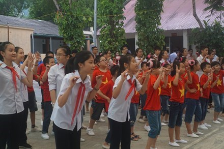Vietnam's first community-based education centre opens in Ha Giang hinh anh 1