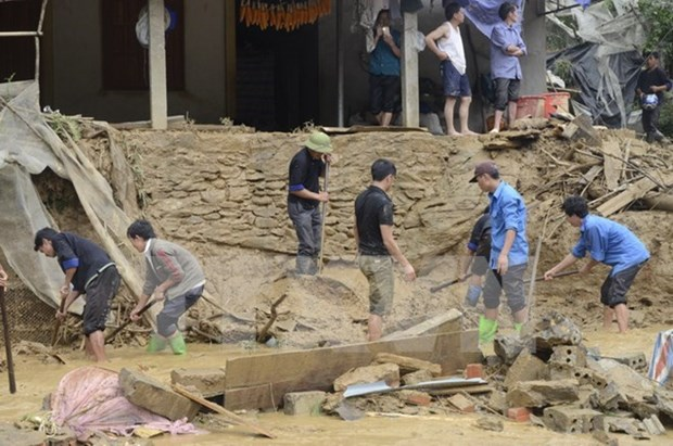 AHA Centre supports Vietnam's northern flood-hit provinces hinh anh 1