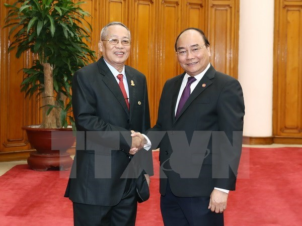PM: Vietnam, Cambodia should support each other's legitimate interests hinh anh 1