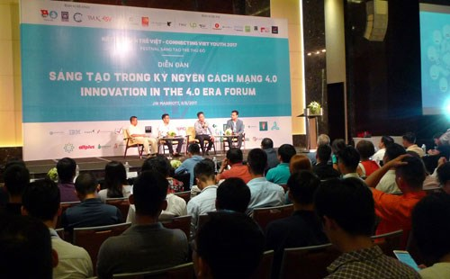 Youth's role in Industry 4.0 highlighted at Hanoi forum hinh anh 1